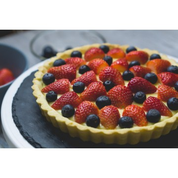 Classic Fruit Tart (Whole)