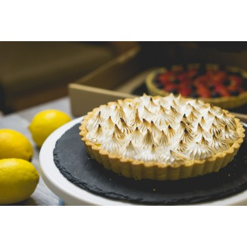 Lemon Meringue Tart(whole)